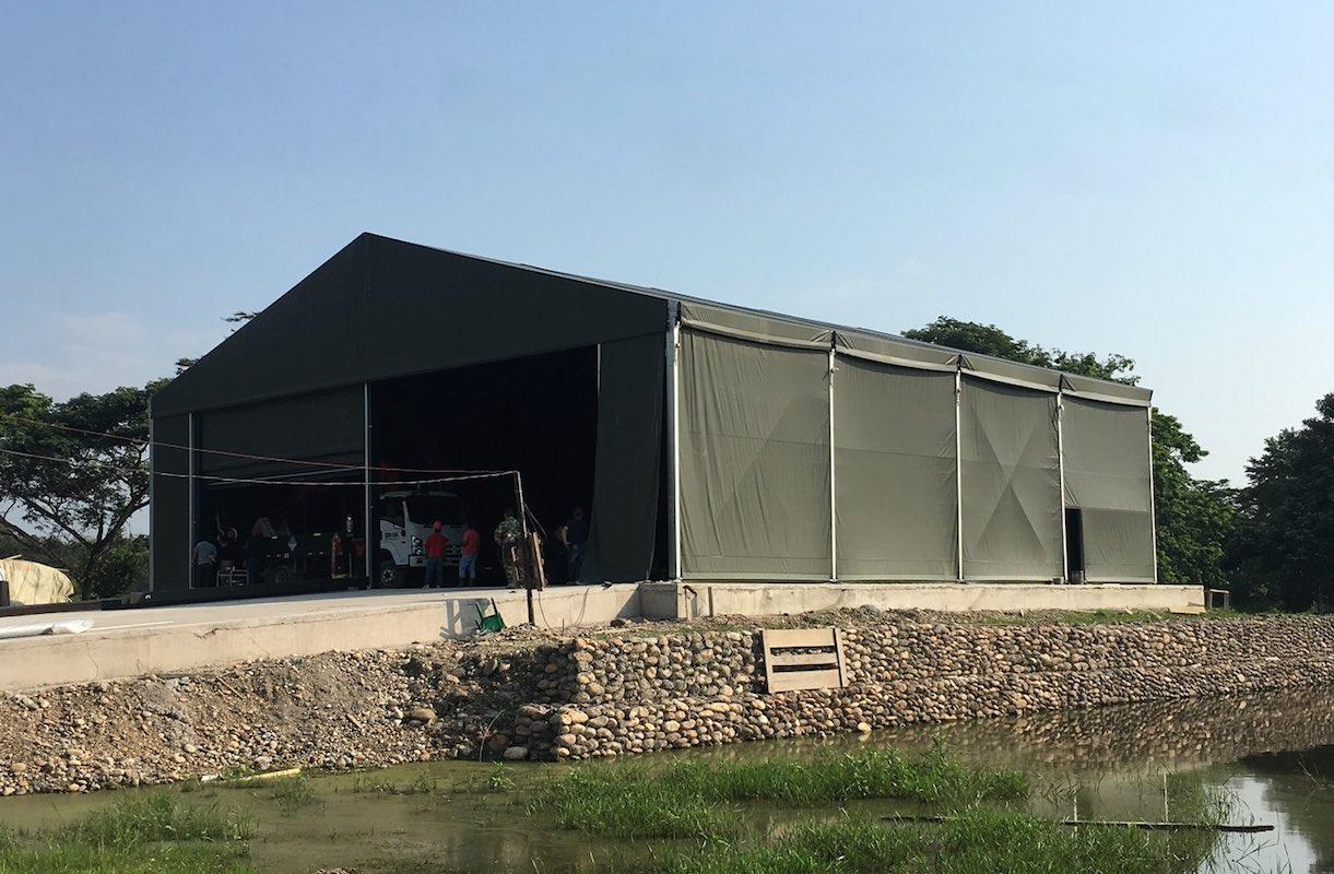 hangar-batiment de stockage-chapiteau